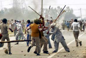 Three killed, over 100 injured in clashes with cops in Rohtak