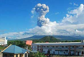 Philippines volcano erupts, five feared killed