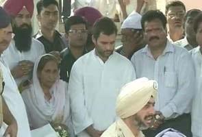 Sarabjit Singh's funeral draws thousands; Rahul Gandhi, Punjab Chief Minister present