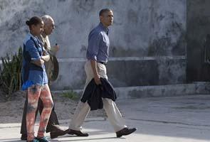 Barack Obama educates daughters on Mahatma Gandhi's 'Satyagraha'