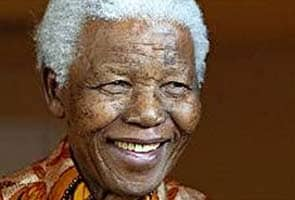 Nelson Mandela's family in court fight over burial locations