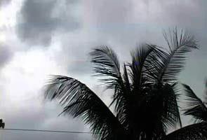 Heavy rains lash Bangalore, cripple normal life