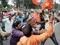 In bandh against Nitish, BJP workers stop trains, leaders court arrest