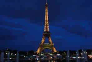 Eiffel tower evacuated after latest suicide bid