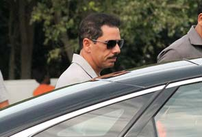 Prime Minister's Office refuses to answer RTI query on Robert Vadra citing confidentiality