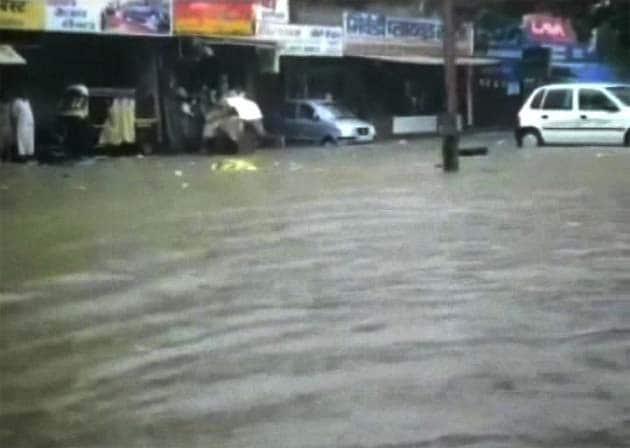 Heavy rains disrupt life in Mumbai, parts of Maharashtra