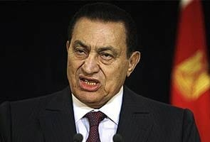 Egypt to put ex-leader Hosni Mubarak under house arrest