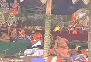 Marathon prayers for Janardhana Reddy's early release from jail