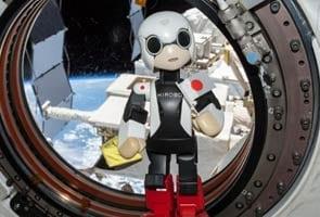 Robo-astronaut Kirobo utters first words in space