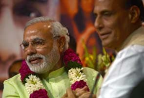 Can BJP bridge the gap? Narendra Modi meets LK Advani