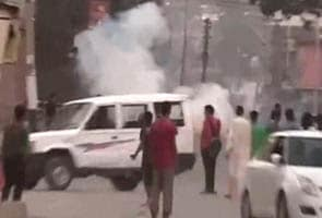 One killed, four injured in alleged firing by CRPF during protests in Shopian