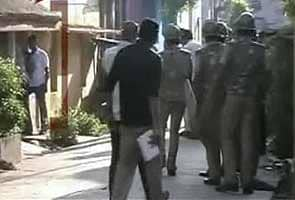 Firing between suspected militants and police in Andhra Pradesh; one cop killed: report