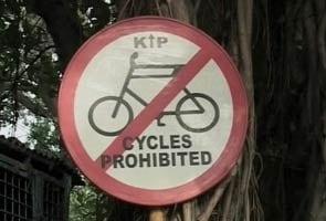 In Kolkata, thousands protest ban on biking on key roads