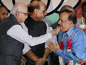 Will put govt decisions, files online: BJP's Harsh Vardhan