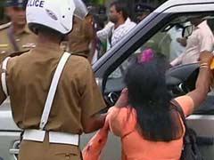 British Prime Minister David Cameron's motorcade stopped by Tamil protestors in Jaffna