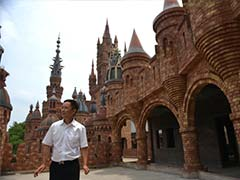 China cake millionaire at home in his six castles