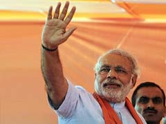 Narendra Modi's defence of Khooni Panja remark rejected by Election Commission