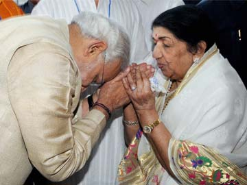 Mumbai Congress chief wants singer Lata Mangeshkar stripped of Bharat Ratna for praising Narendra Modi