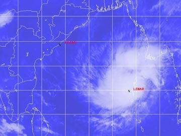 Four Port Blair-bound flights from Chennai cancelled as Cyclone Lehar hits Andaman