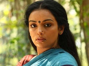 Actress Shweta Menon alleges molestation, MP denies charges