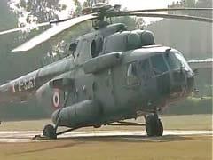 Meerut: Sushil Kumar Shinde's chopper wheel stuck in mud while landing