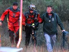 Frantic rescue for five kids trapped in US car crash
