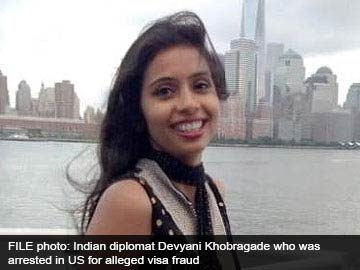 Devyani Khobragade case: she was strip searched 'like other arrestees' say US Marshals