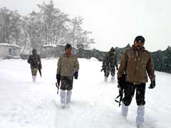 Three trapped in snow avalanche in Jammu and Kashmir rescued