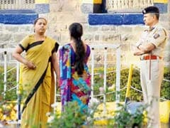 Pune: 'Denied bribe', female cops thrash Yerawada jail visitor