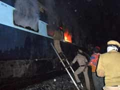 26 killed in fire on train in Andhra Pradesh