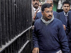 Ghaziabad: Five cops waited for 24 hours to guard Arvind Kejriwal, who again said 'No Thanks'
