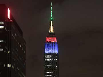 Empire State Building France Colours