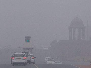 Delhi: Fog engulfs airport; over 100 flights affected