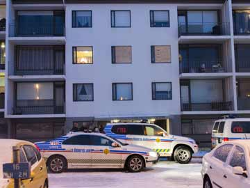 Iceland police kill gunman in first shooting ever