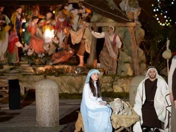 vatican unveils nativity scene on popes first christmas