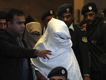 Pakistan's Supreme Court forces military to produce prisoners