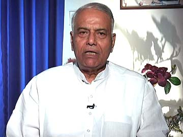Devyani Khobragade row: arrest same sex companions of US diplomats in India, says Yashwant Sinha