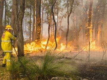 Australia braces for fire danger as heatwave hits