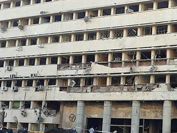 Bomb explodes near Cairo police academy, one wounded