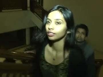 Devyani Khobragade no longer enjoys immunity, may face arrest warrant: US