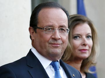 French first lady wants to stand by Francois Hollande despite affair: report