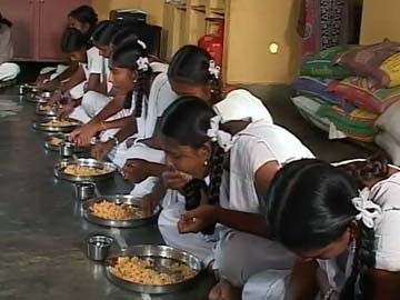 Rs 20 for food, all expenses: Girls in these Karnataka hostels deprived twice over?