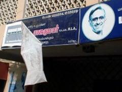 Mani Shankar Aiyar's office vandalised a day after his tea-seller remark against Narendra Modi