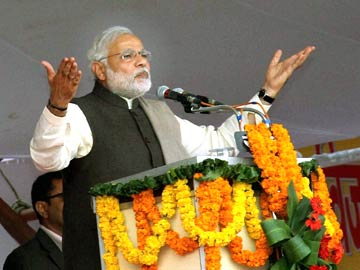 Narendra Modi's talk of '56-inch chest' draws acerbic response from Sharad Yadav