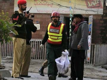 Second Taliban bomb attack kills 10 near Pakistan Army headquarters