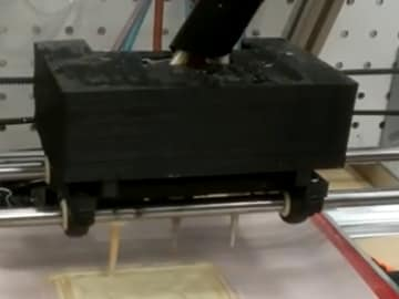 NASA's 3D printer makes pizzas for astronauts