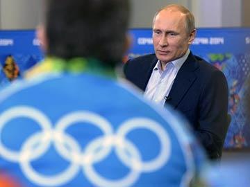 Gay 'propaganda' law doesn't discriminate: Vladimir Putin