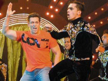 Salman Khan defends decision to perform in Mulayam's ancestral village Saifai