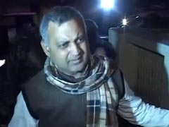 Delhi Law Minister Somnath Bharti summoned by AAP leaders