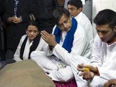 Sunanda Pushkar's death probe: Shashi Tharoor records statement before Sub Divisional Magistrate